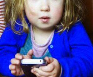 Esto le Puede Pasar a un Niño Cuando Usa un Celular Touch