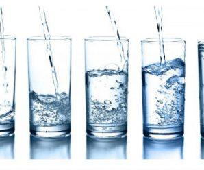 Esto es lo que Pasa Cuando Tomas Agua por las Mañanas con el Estomago Vacío